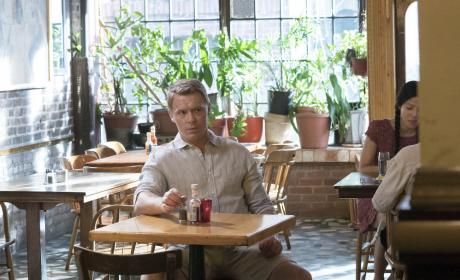 Ressler relaxes at a restaurant - The Blacklist Season 4 Episode 1
