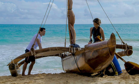 Kono and Chin on the Beach - Hawaii Five-0