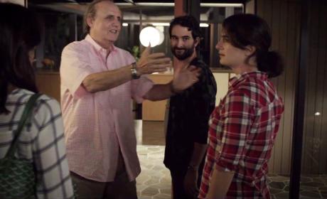 Transparent Season 1 Episode 1 Review: Pilot
