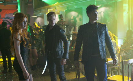 Shadowhunters Season 1 Episode 4 Review: Raising Hell
