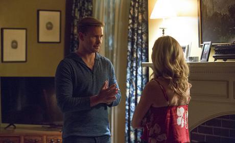 We Need to Talk - The Vampire Diaries Season 8 Episode 1