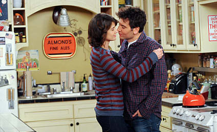 """How I Met Your Mother Boss Warns of Changes, """"Turbulence"""" to Come"""