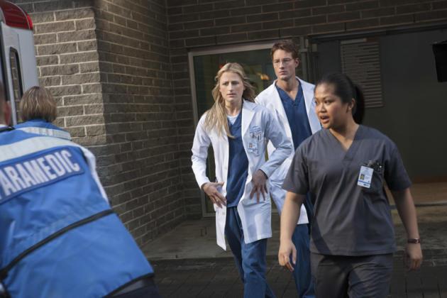 Emily Owens, M.D. Premiere Image