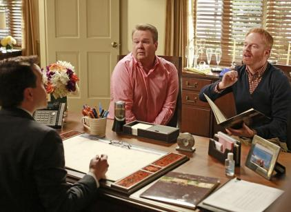 Watch Modern Family Season 5 Episode 11 Online