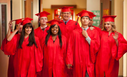 Glee Cast Books Return for Season 4