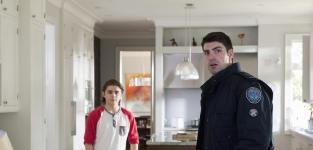 Should Dov confide in Chloe about Chris' drug addiction?
