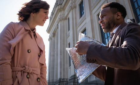 BrainDead Season 1 Episode 3 Review: Goring Oxes: How You Can Survive the War on Government Through Five Easy Steps