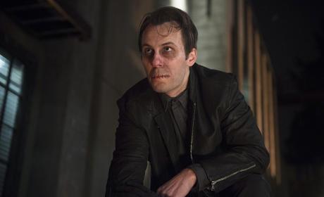 Darren Moore as Mouthpiece - Arrow Season 3 Episode 16