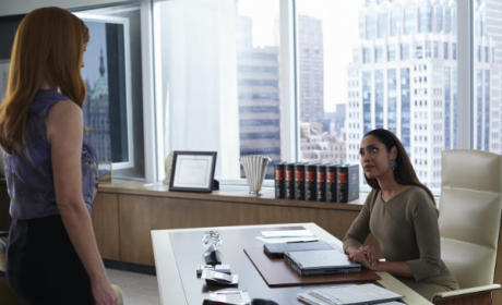 "Gina Torres Teases the Suits Firm as Family, Engages in""Bitch Banter"" & More"
