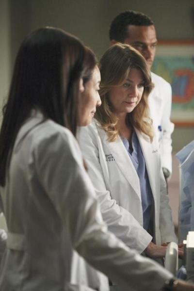 Seattle Grace Doctors Hard at Work