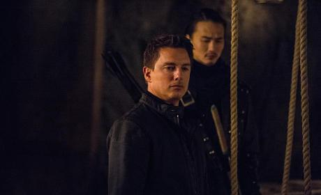 Waiting - Arrow Season 3 Episode 20