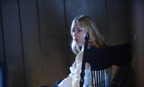 Chloe Sevigny as Alex Lowe - American Horror Story Season 5 Episode 6