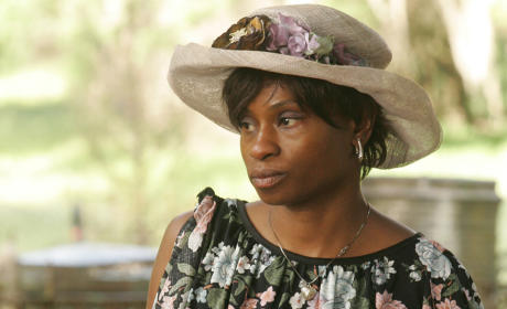 Adina Porter to Recur on The 100 Season 2