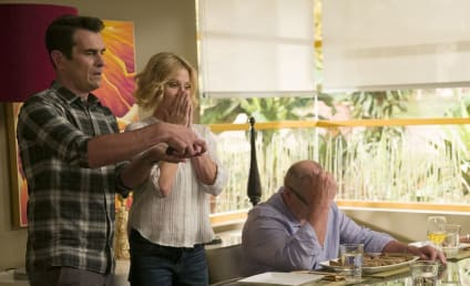 Watch Modern Family Online: Season 8 Episode 1