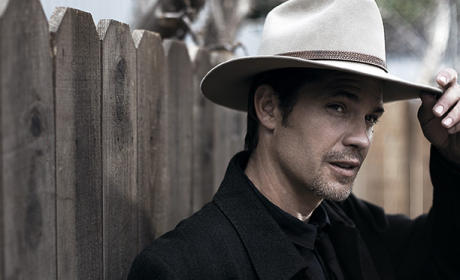 Olyphant as Raylan