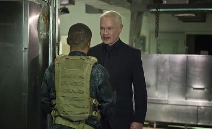 Watch Arrow Online: Season 4 Episode 20