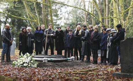 Once Upon a Time Photos: Mourning Neal