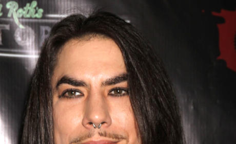 Dave Navarro Cast on Sons of Anarchy As...