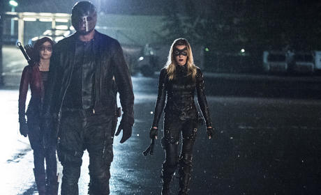 Diggle Leads - Arrow Season 4 Episode 6