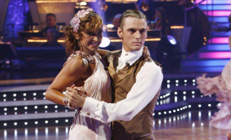 Dancing With the Stars Results: Sexy Singers Scintillate