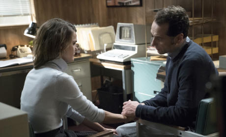 The Americans Season 3 Episode 1 Review: EST Men