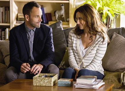 Watch Elementary Season 2 Episode 4 Online