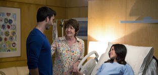 Going Into Labor - Jane the Virgin