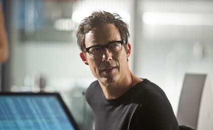 The Flash Spoilers: Tom Cavanagh on Being The Reverse Flash, Two Sides of Harrison Wells