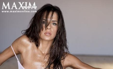 A Photo Tribute to Kelly Monaco