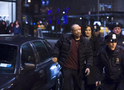 Watch Law & Order: SVU Season 14 Episode 16 Online