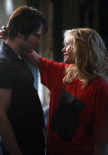 Sookie Puts Her Arm Around Bill