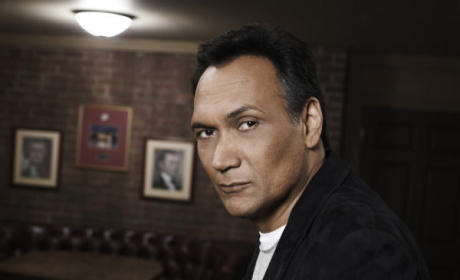 Jimmy Smits Signs on for Sons of Anarchy Season 5 Arc