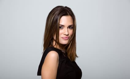 Chicago Med Nabs Pretty Little Liars Vet Torrey DeVitto as Series Regular!