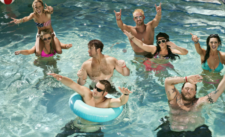 Party Down South: Watch Season 2 Episode 1 Online