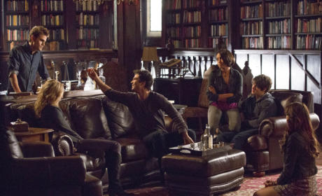 The Vampire Diaries Review: Tricks of the Traveler