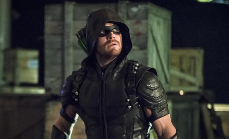 Oliver on a Mission - Arrow Season 4 Episode 6