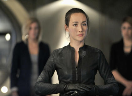 Watch Nikita Season 2 Episode 23 Online