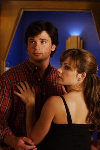 When Does Clark Start Hookup Lois In Smallville