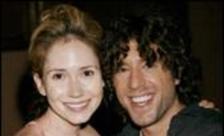 Ashley Jones: OMG! It's Elliott Yamin!