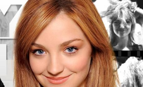 "Abby Elliott Lands ""Crazy"" How I Met Your Mother Role"