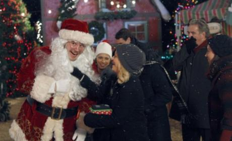"Parks and Recreation Preview: ""Christmas Scandal"""