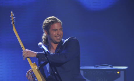 Casey James on Stage