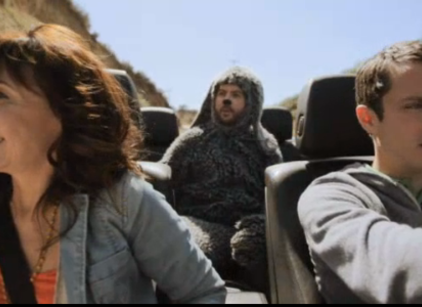 Watch Wilfred Season 2 Episode 9 Online