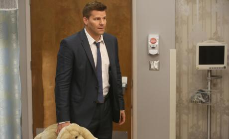 Booth Arrives to Visit Daisy in the Hospital - Bones Season 10 Episode 8