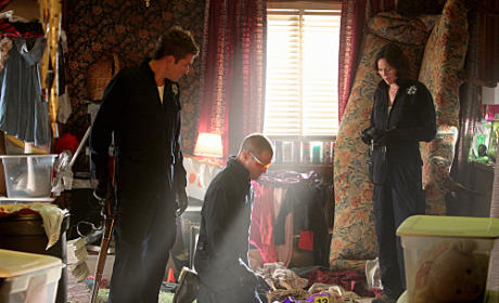 "CSI Review: ""House of Hoarders"""