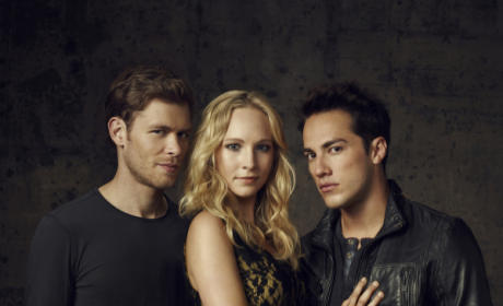 """Vampire Diaries Scoop from The Source: Julie Plec on """"Nuclear Fallout,"""" BIG Stuff for Jeremy and More!"""