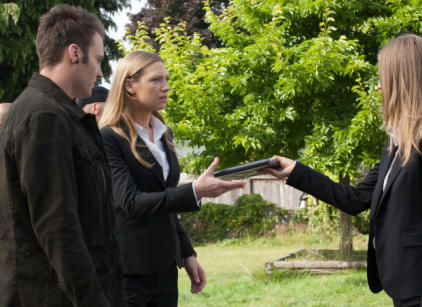 Watch Fringe Season 4 Episode 2 Online