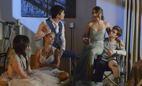 Hangover, Headache or Hit in the Head - Pretty Little Liars Season 5 Episode 13
