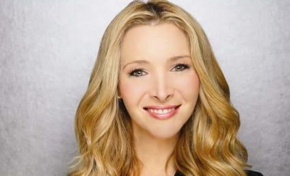 Lisa Kudrow to Play Politician on Scandal Season 3