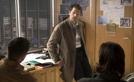 Misha Collins to Return as Series Regular for Supernatural Season 10